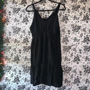 Little midi flowy back dress